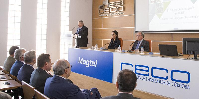 La Jefa de Gabinete del Comisario Arias Cañete destaca el compromiso de la Unión Europea con la eficiencia energética